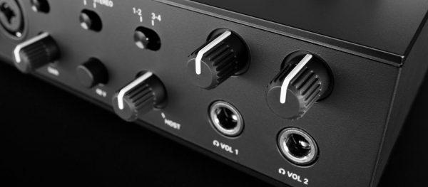 NI Komplete Audio 6 DJLab Tienda 6