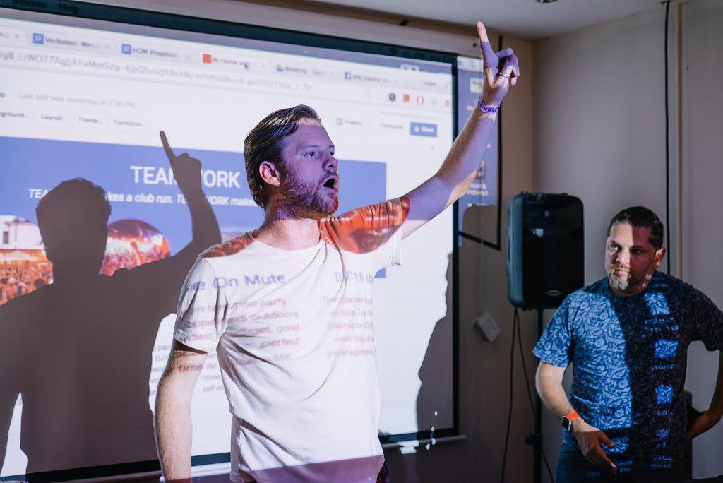 Adam Collins Instructor Invitado DJlab