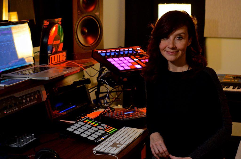 Michelle Darling y los Instrumentos del Futuro