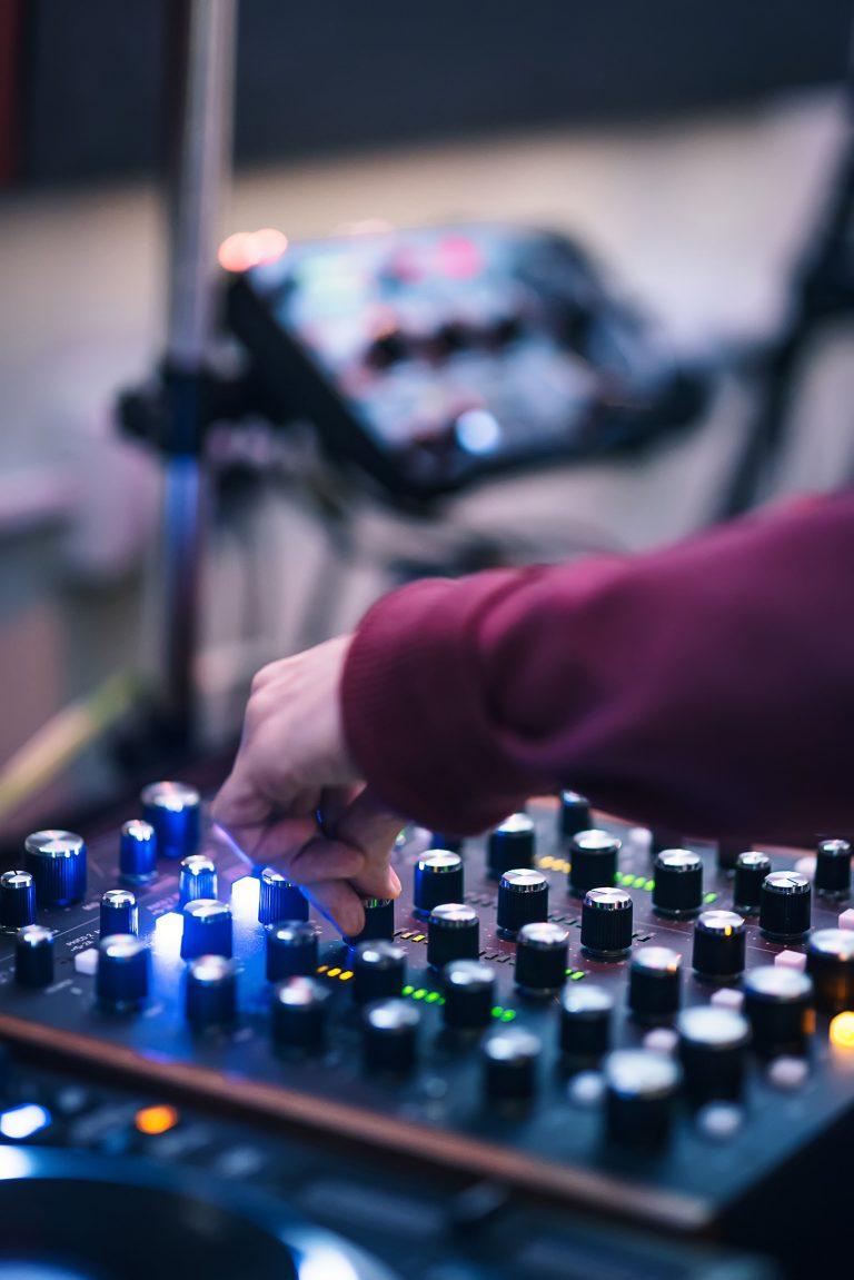 DJLab DJ Avanzado En Línea